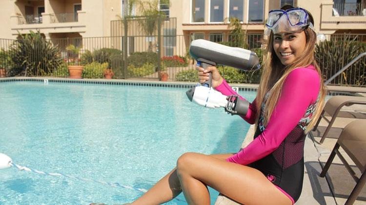 Bixpy Jet – ручной водомётный движитель для отдыха воде